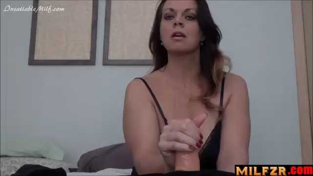 Penelope Peach Pregnant Mommy Needs Your Creampie