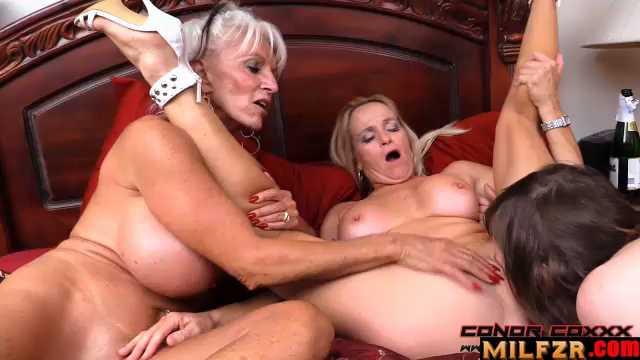 Son Fun In Mum's Bum 3
